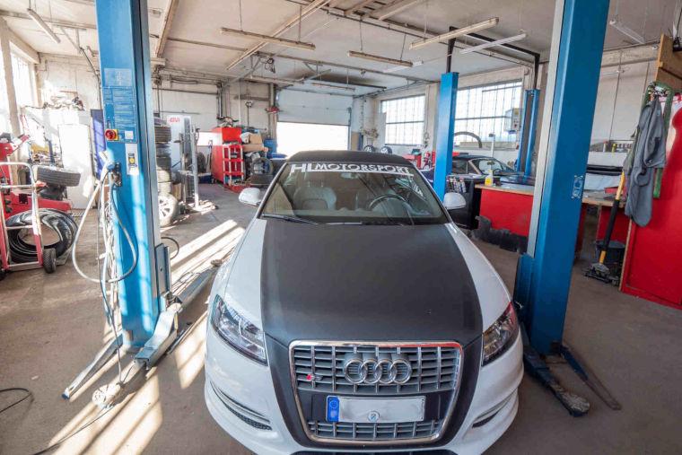 Getunte Wagen bei der Autowerkstatt HL Motorsport in Kaufbeuren